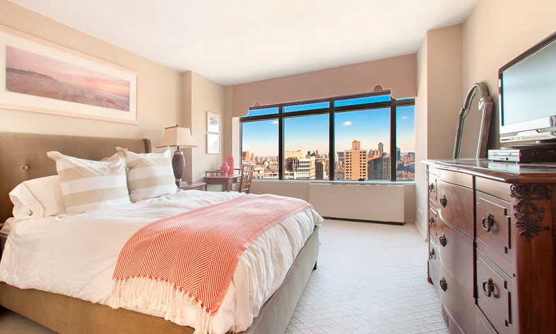 3-Lincoln-Center-Bedroom-