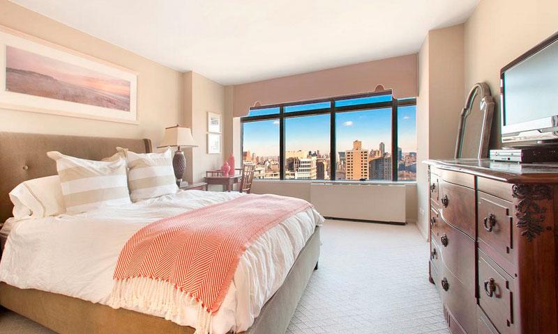 3-Lincoln-Center-Bedroom-