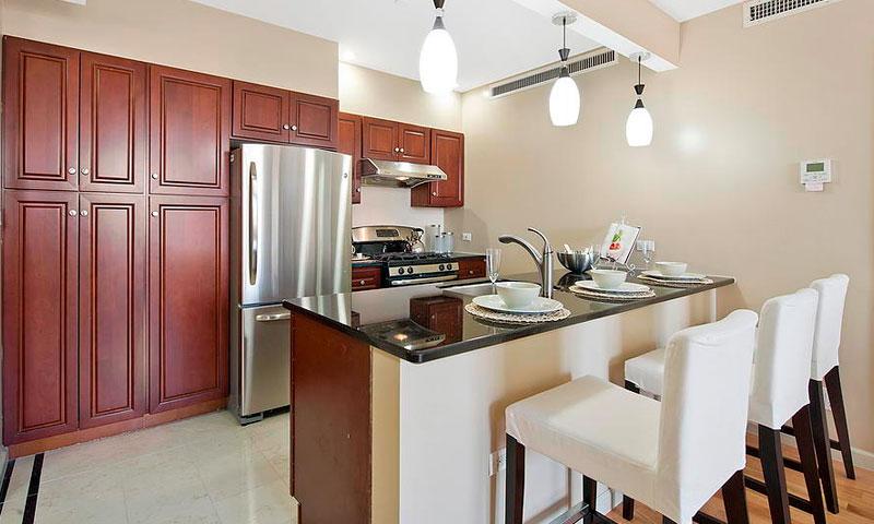 Lexington-Hill-Condominium-Kitchen