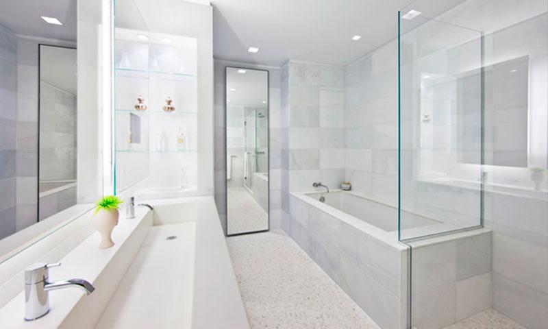 The-Laurel-master_bathroom