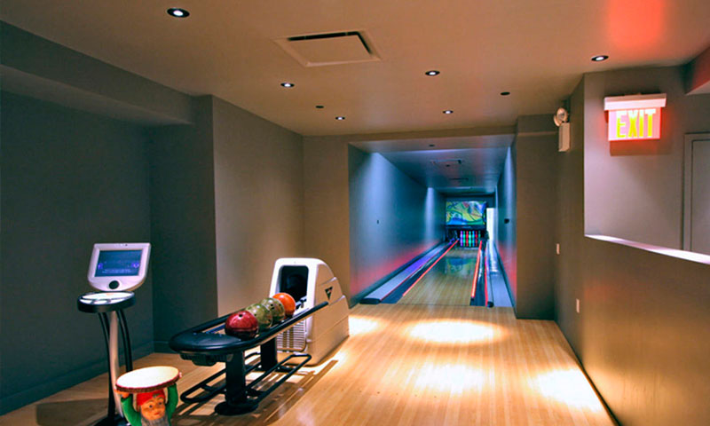 Downtown-by-Starck-Bowling