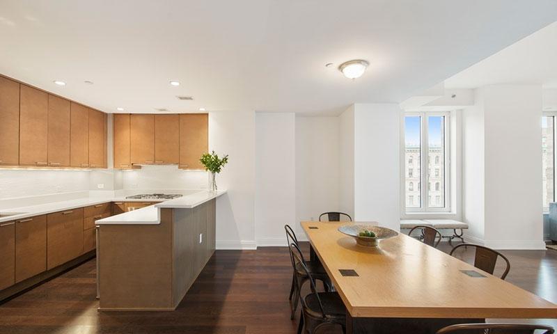 Linden-78-Dining-Kitchen