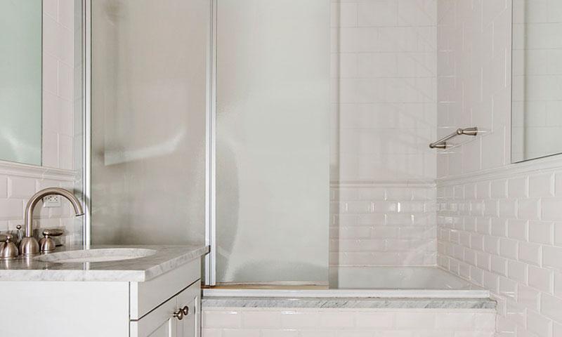425-Fifth-Avenue-Bathroom