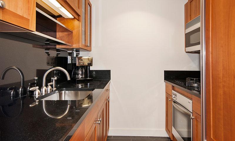 425-Fifth-Avenue-Kitchen