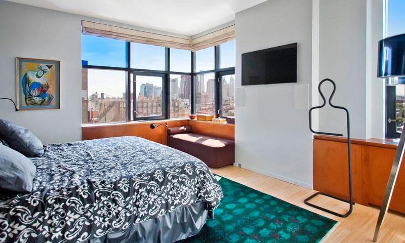 Blue-Condominium-Bedroom