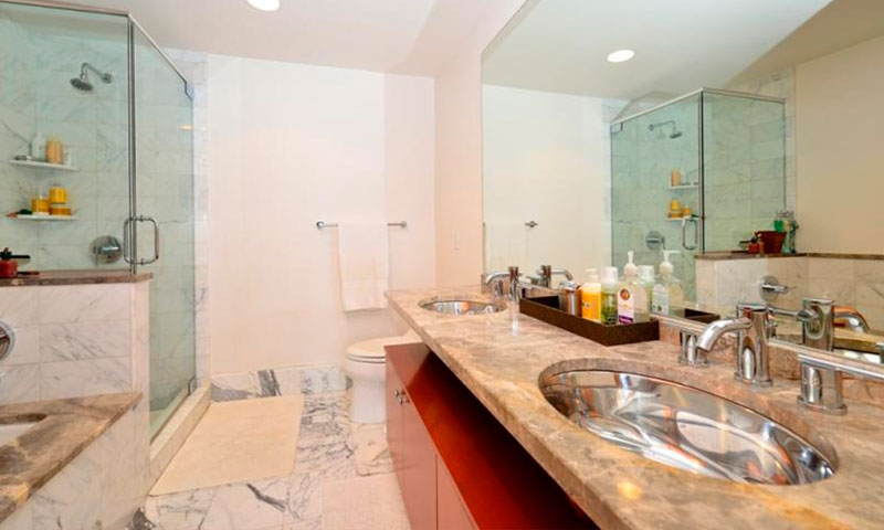 440-Kent-Ave-Bathroom