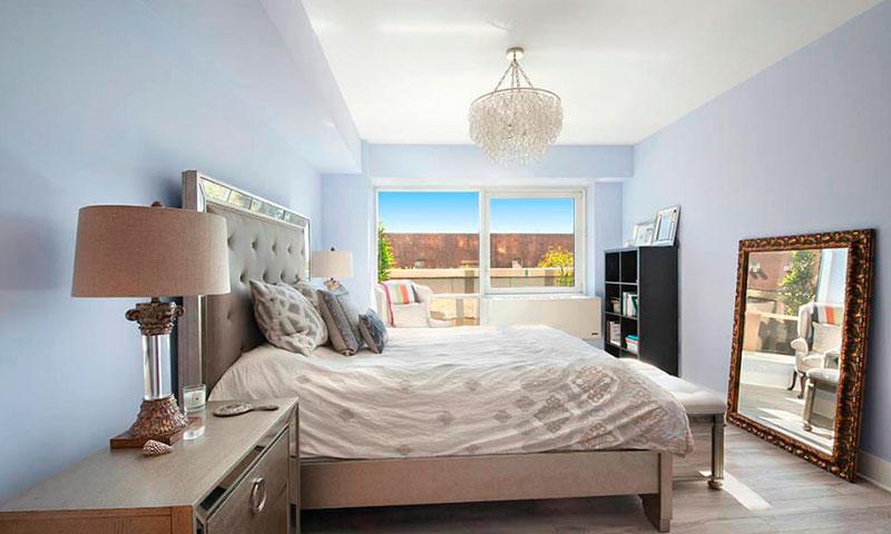 Schaefer-Landing-Bedroom