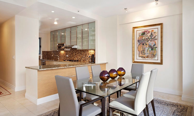 330_east_57th_st_Dining