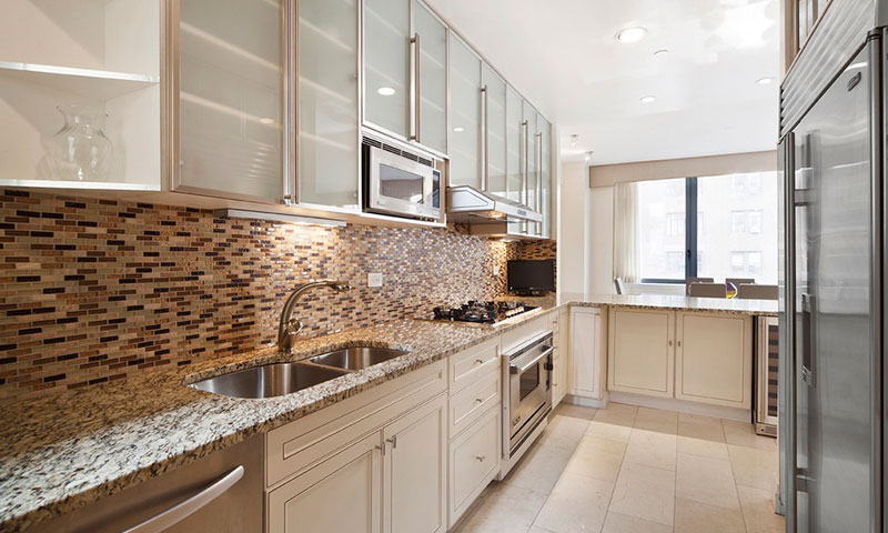 330_east_57th_st_Kitchen