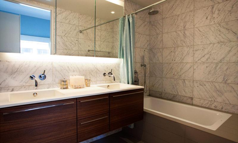 123-3rd-Ave-bathroom